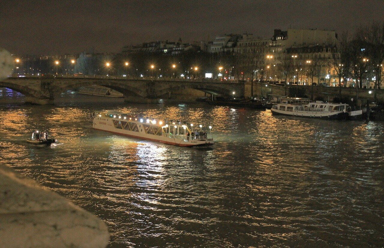 New Year in the center of Paris