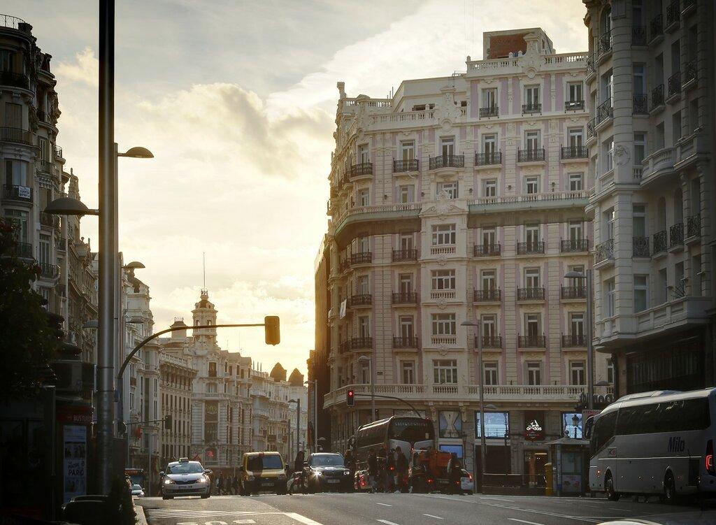 Утренний Мадрид. Гран-Виа