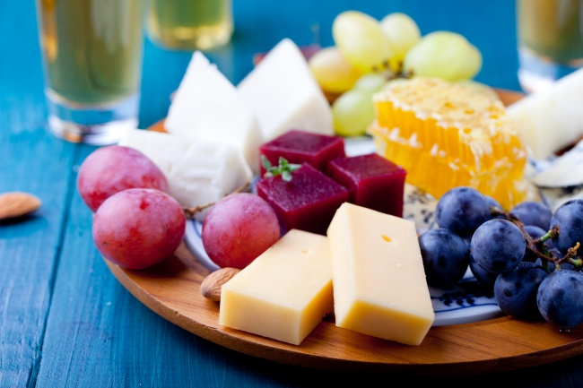 Исследование показало, что любители сыра живут дольше (2 фото)