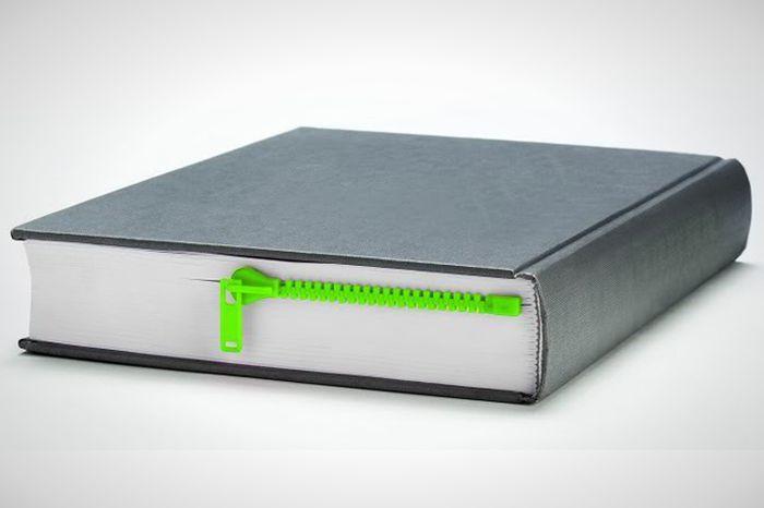 1. Закладка на молнии После прочтения обязательно застегните.