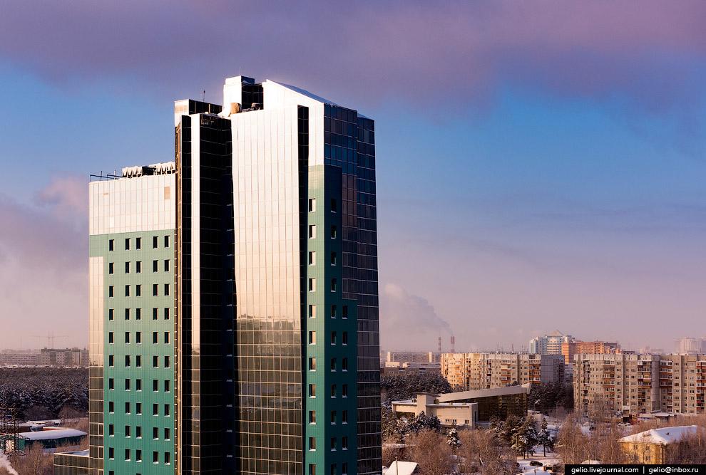 36. Это один из самых динамично развивающихся городов России. Среди главных проектов — перината