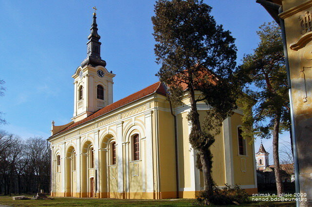 crkva-perlez.jpg
