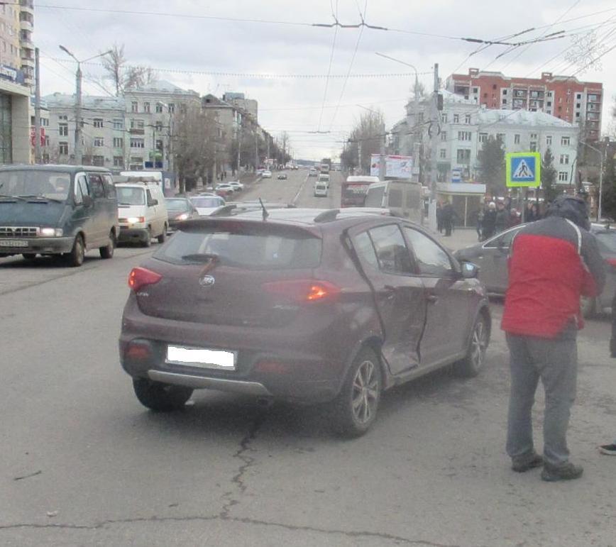 Натульских трассах задва дня три машины перевернулись вкювет