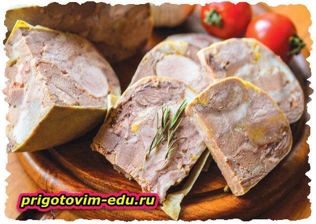 Сальтисон из свинины ,говяжьего языка и говяжий печени