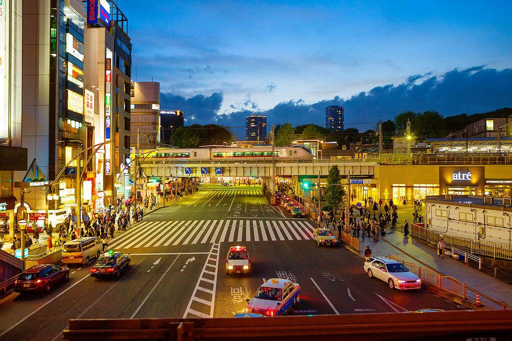 Вечер в Токио