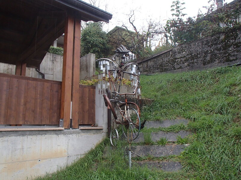 у музея истории велосипеда в Cessiomagiore