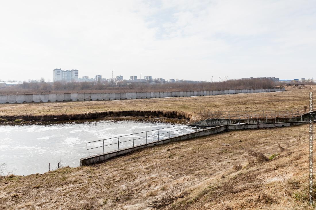 фотография Люберецкие очистные сооружения водосброс в реку Пехорка