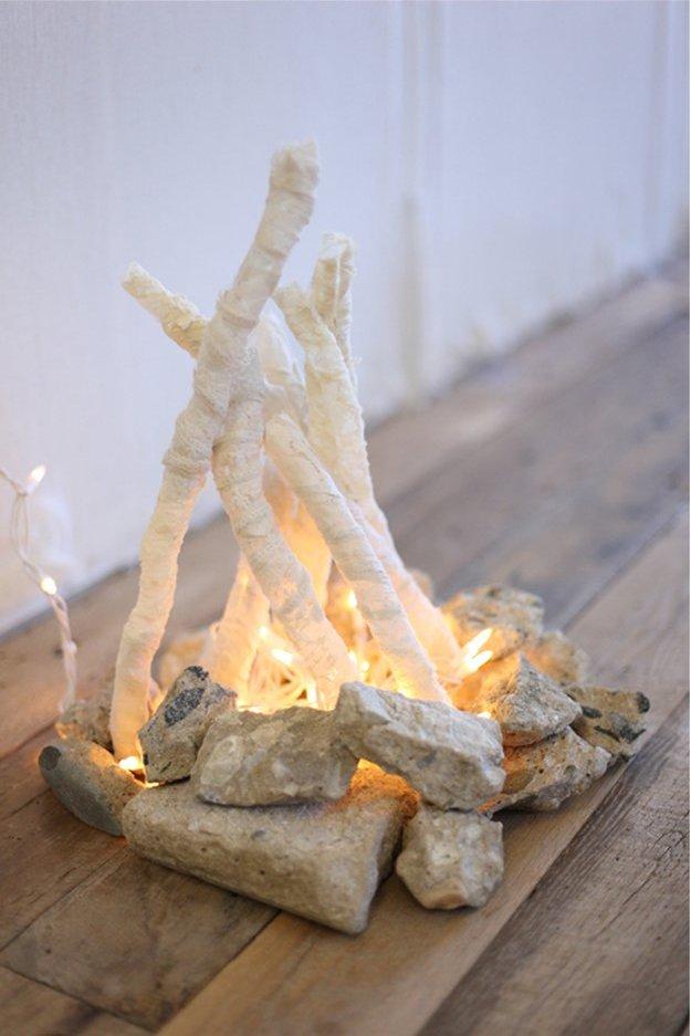 Как сделать искусственный огонь своими руками в камине