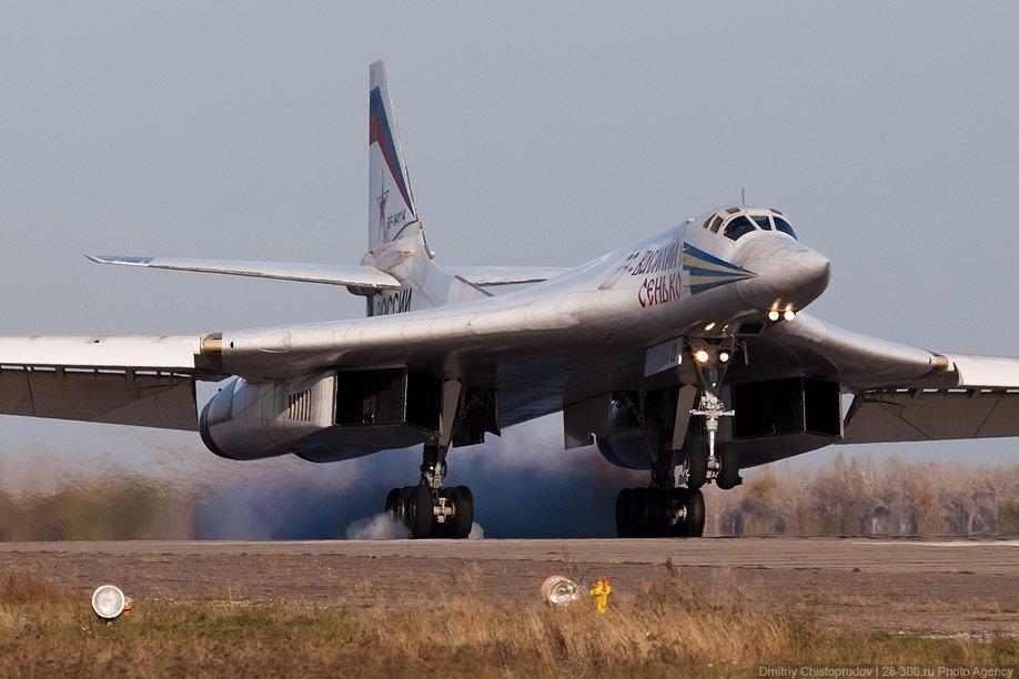Российские летчики прозвали этот самолет «белым лебедем» за его надёжность, красоту и грациозно
