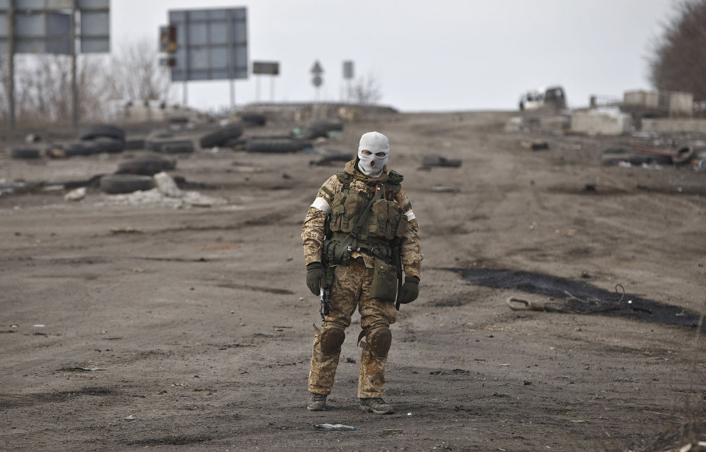 28. Дебальцево. (Фото Baz Ratner   Reuters):