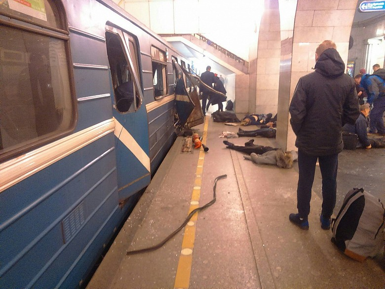 Станция «Сенная площадь» закрыта из-за сообщения обомбе