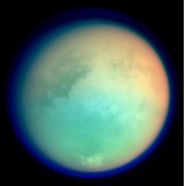 Cassini впервый раз сняла кольца Сатурна сочень близкого расстояния