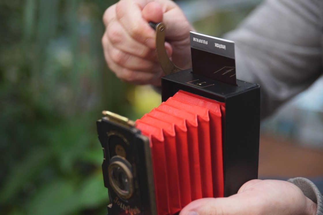 Jollylook - The instant camera with a very vintage look