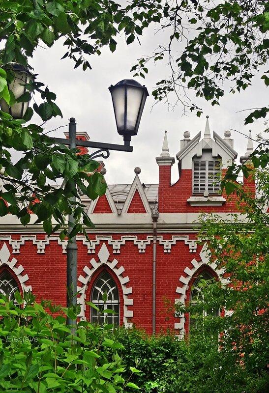 Вид на флигель Петровского Путевого дворца