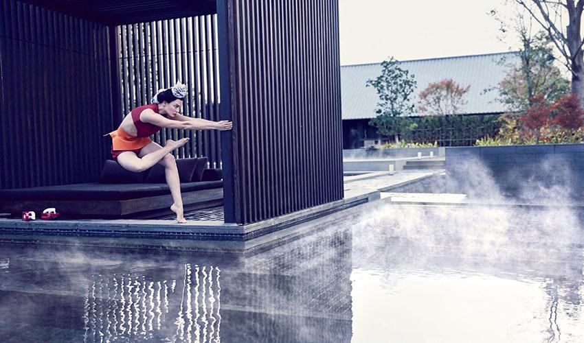 Karlie Kloss - Vogue US (March 2017)