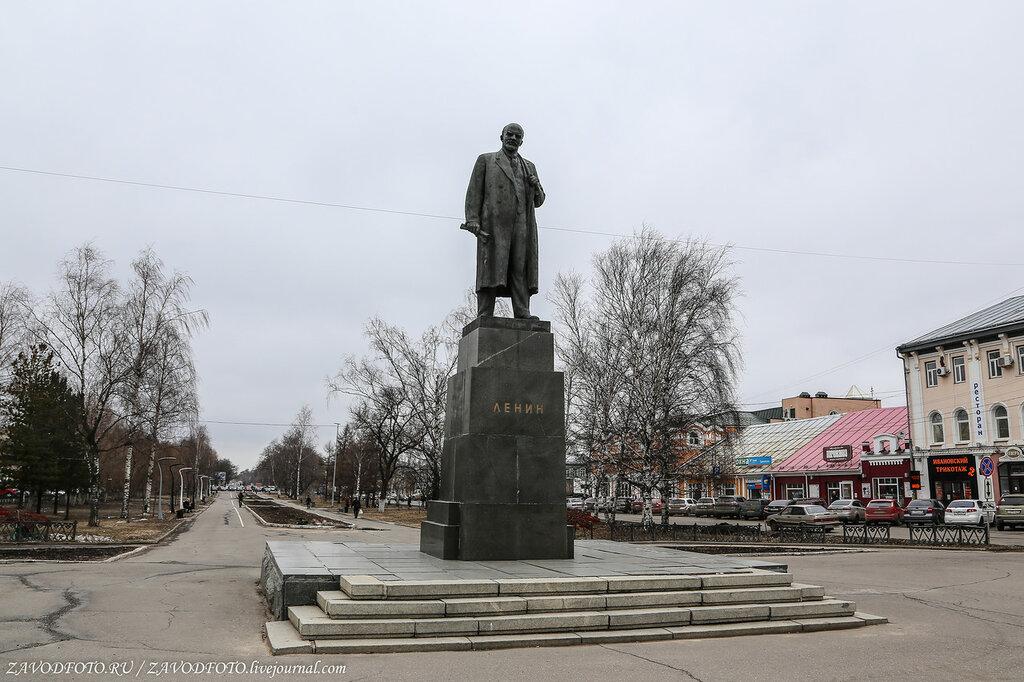 Вертикальные памятники Уяр Мемориальный одиночный комплекс с крестом Шипиловская