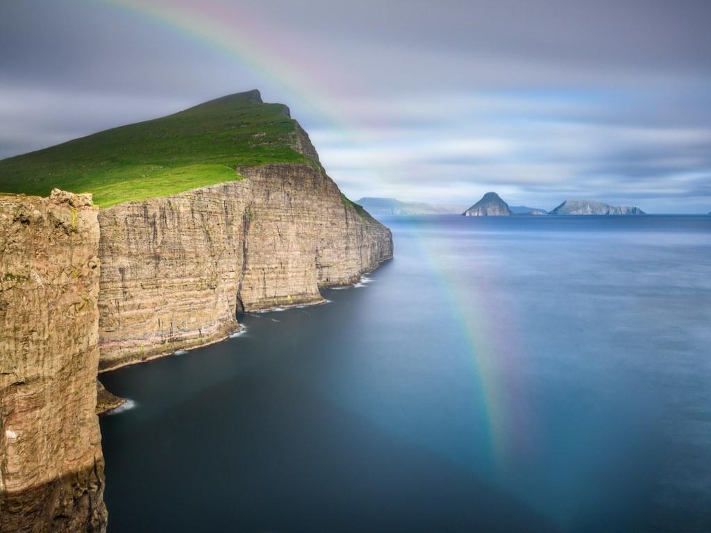 Фарерские острова отличаются капризным климатом, красивой природой и совершенно уникальной культурой