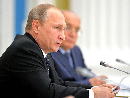 Одаренные студенты должны работать наблаго РФ — Путин