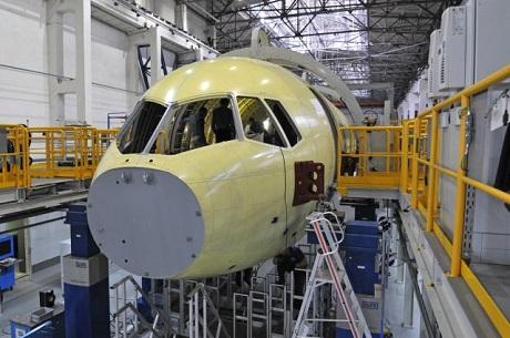 Рогозин призвал кпереходу на русские самолеты