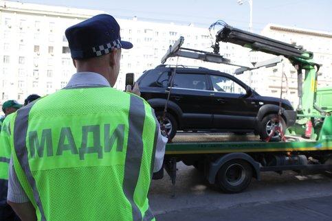 Максим Ликсутов поведал, где москвичи впервую очередь нарушают правила парковки