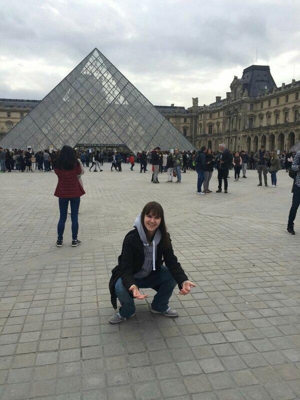 Оля и Париж