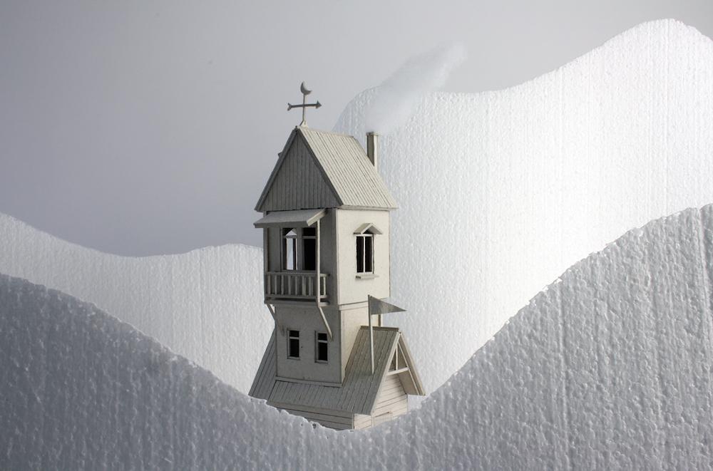 Miniature Narrative-Based Sculptures Created From Balsa Wood by Vera van Wolferen