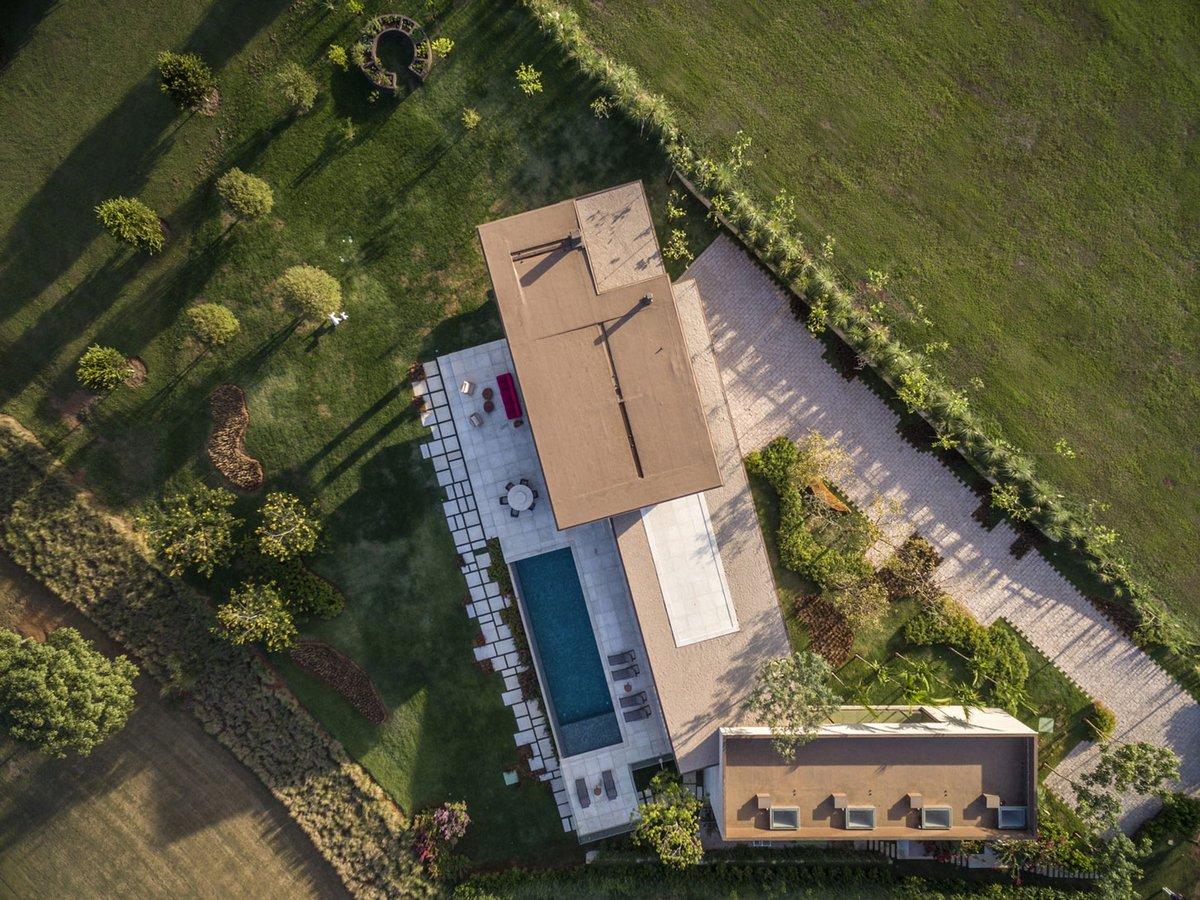 Частный дом вид сверху