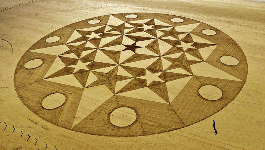 Amazing Geometric Sand Drawings