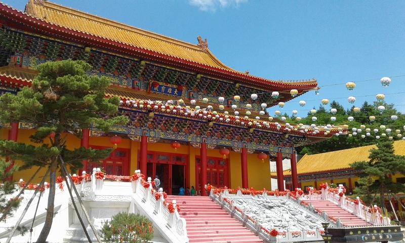 Храм-вход.jpg