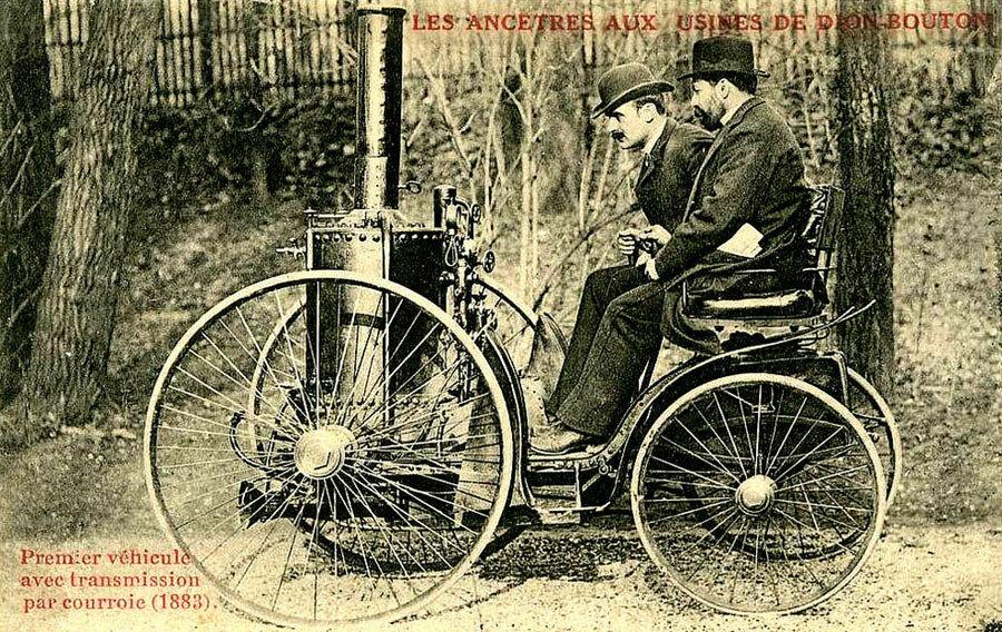 Первый паровой автомобиль  Де Диона и Бутона, сооруженный в 1883 году.jpg