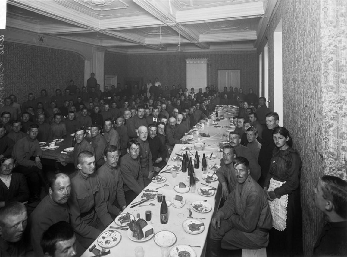 Солдаты в казарме Або