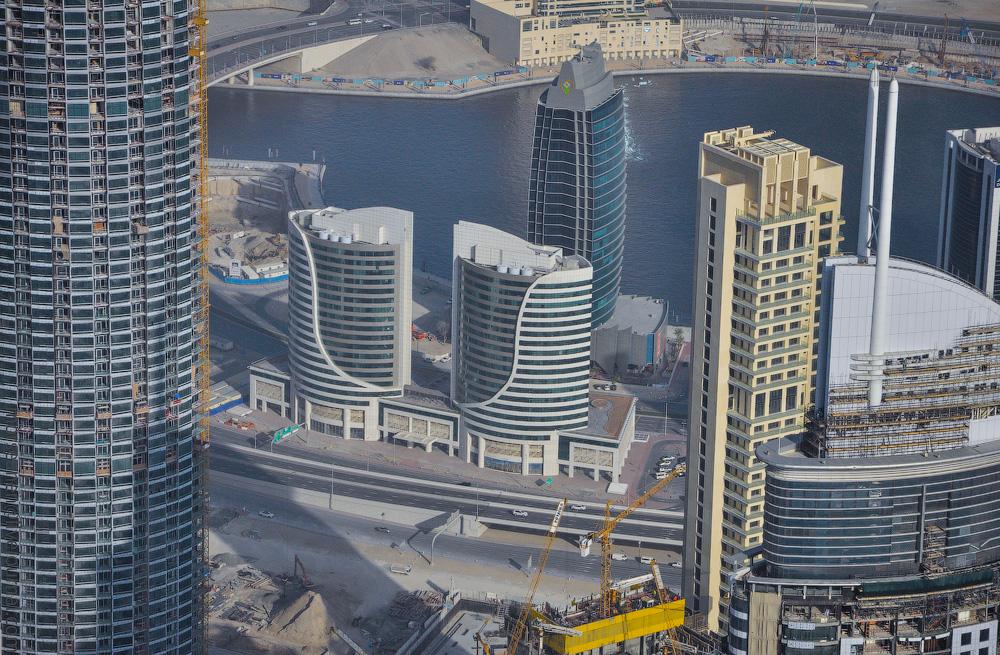Dubai-Critic-(22).jpg
