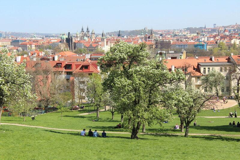 Весенний город