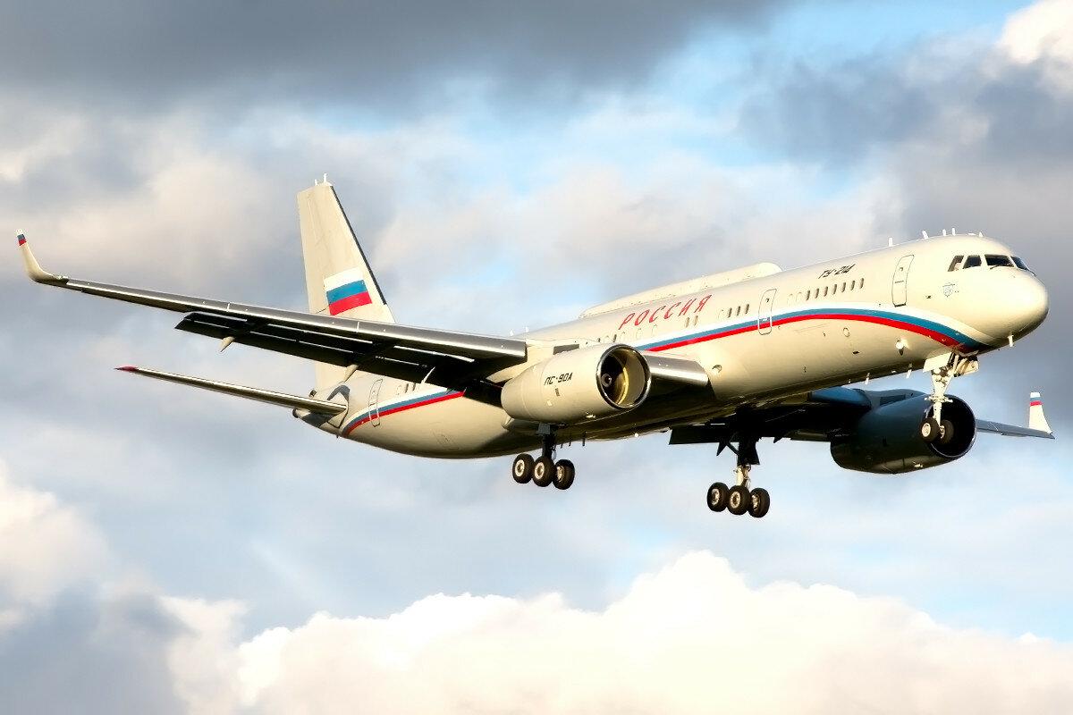 Туполев Ту-214СР. Россия - СЛО. RA-64516.