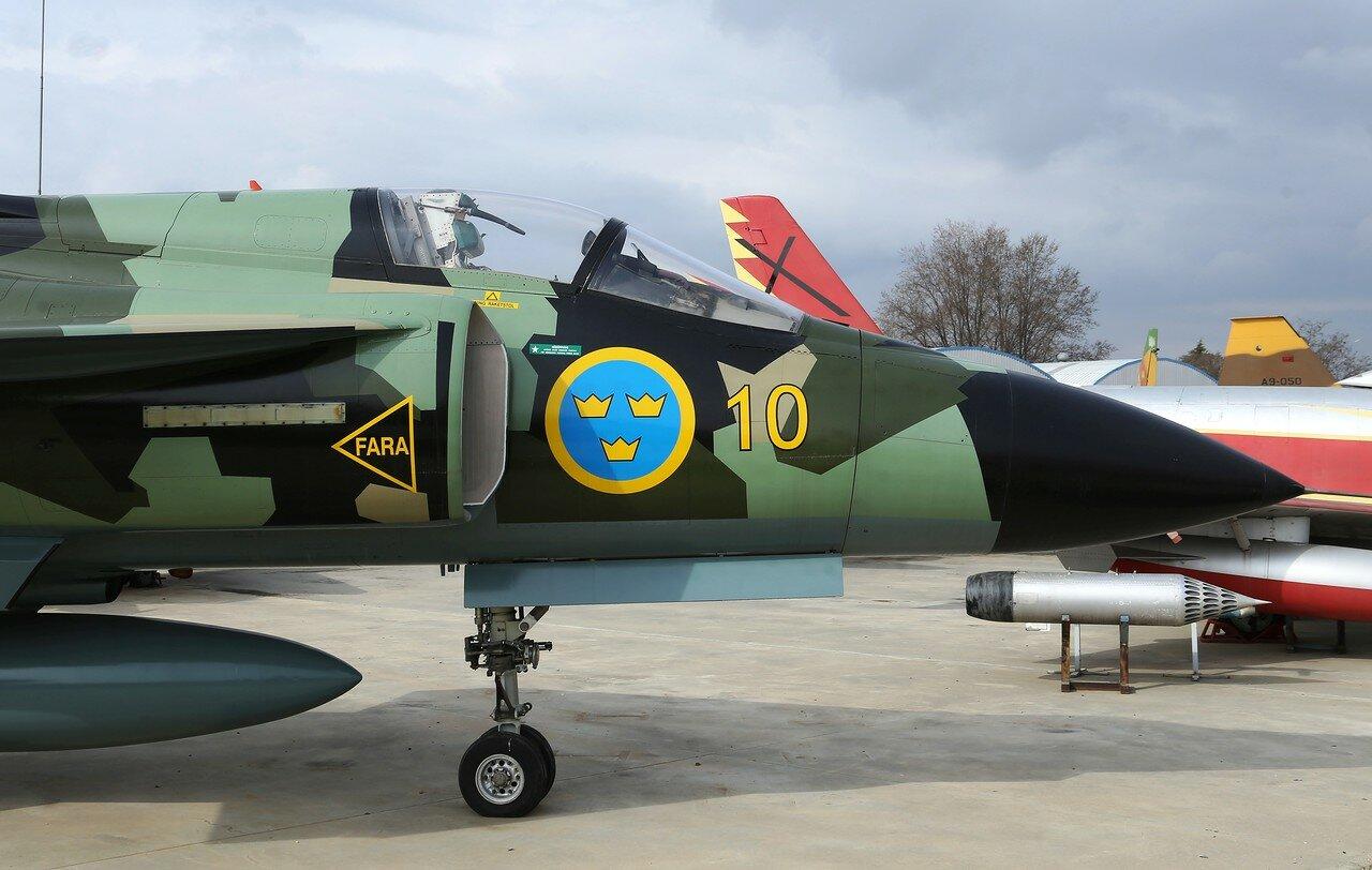 SAAB J-37 Vigen (Museo del Aire, Madrid)