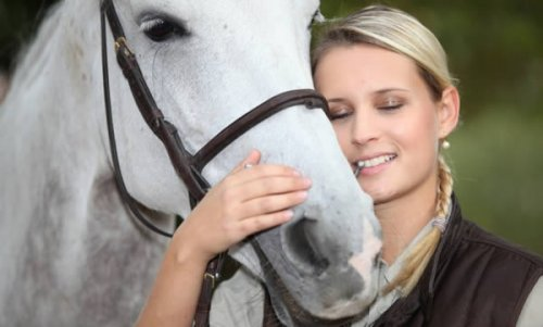 В 2014 году Верховный суд Дании был вынужден признать право 28-летней защитницы прав животных вы