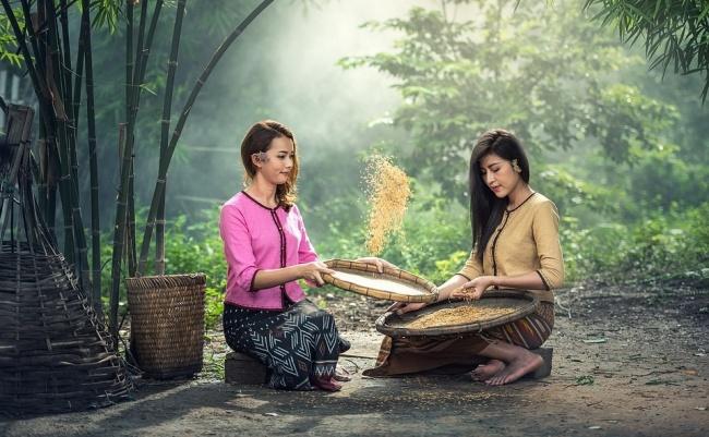 © pixabay  Для борьбы сморщинами иочищения лица используйте рисовую воду . Замочите рис вво