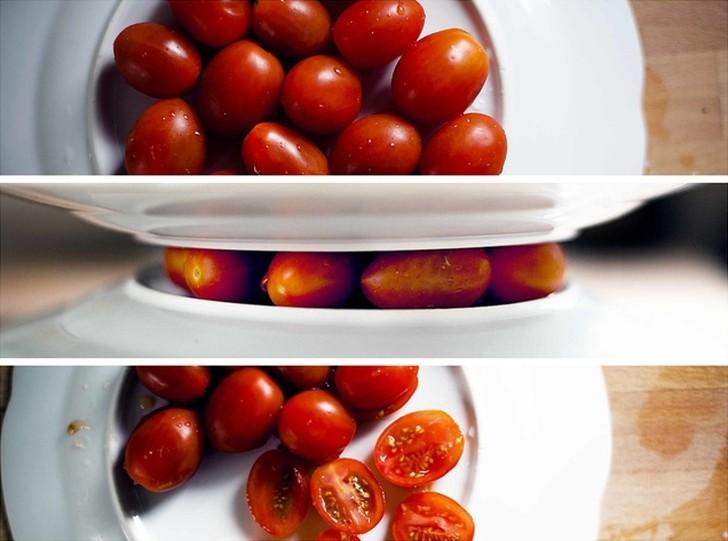 1. Помидоры черри ( cocojenalle ) Положите помидоры между двумя плоскими тарелками и проведите остры