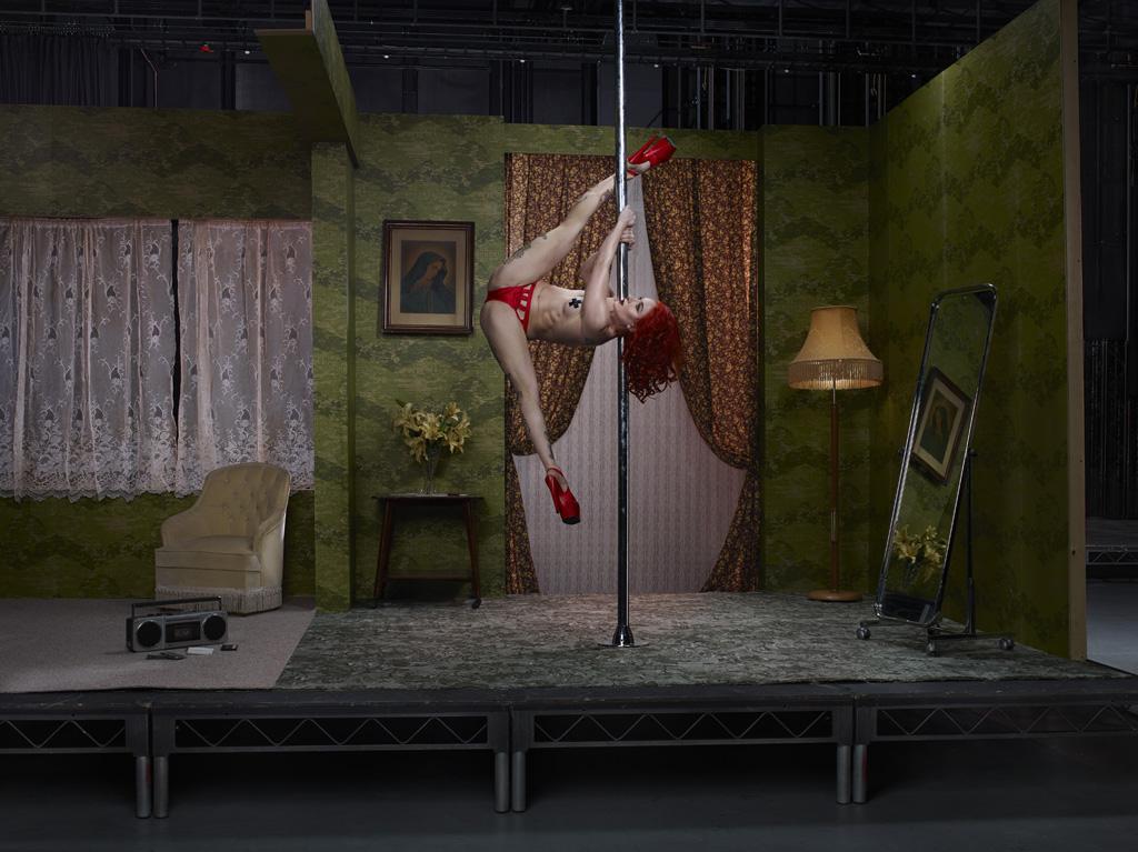 Саша Флекси, танцовщица на пилоне.
