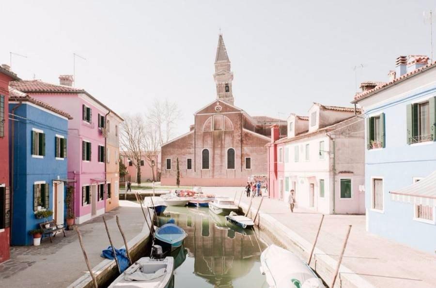 Как выглядит Венеция не в туристический сезон глазами итальянского фотографа Claudia Corrent (9 фото)