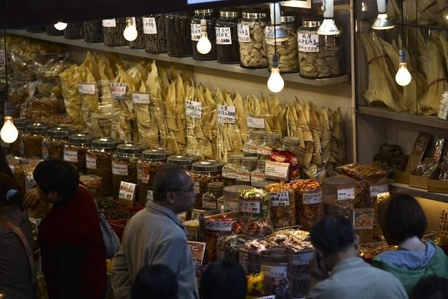 Тарелка супа из плавников акулы обходится в китайском ресторане в 70–150 $.