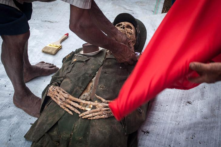 Он был военным. (Фото Sijori Images):