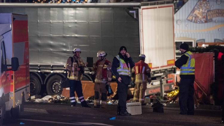 Система экстренного торможения приостановила большегруз впроцессе теракта вБерлине