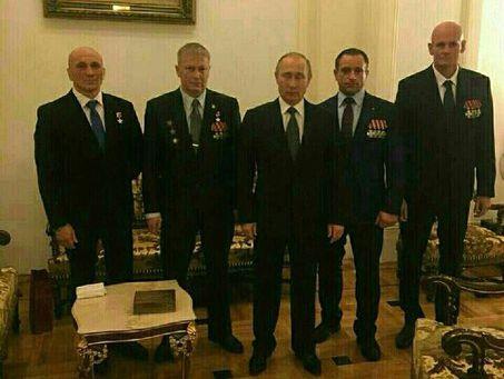Песков разъяснил, откуда возникла общая фотография Владимира Путина скомандиром группы «Вагнер»