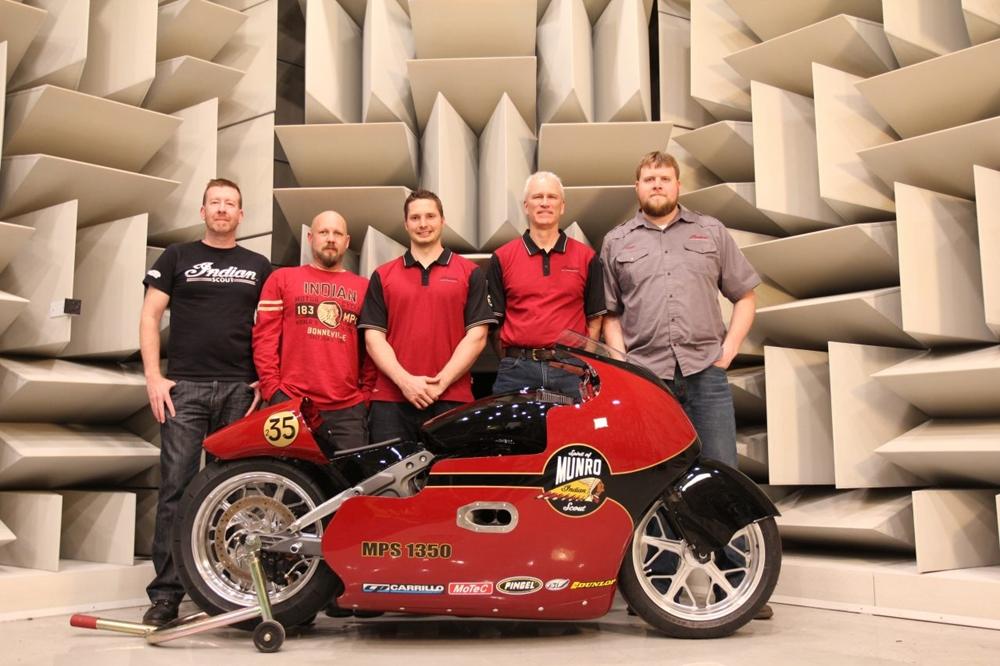 Ли Манро будет пилотировать мотоцикл «Spirit of Munro Scout» на Бонневиле