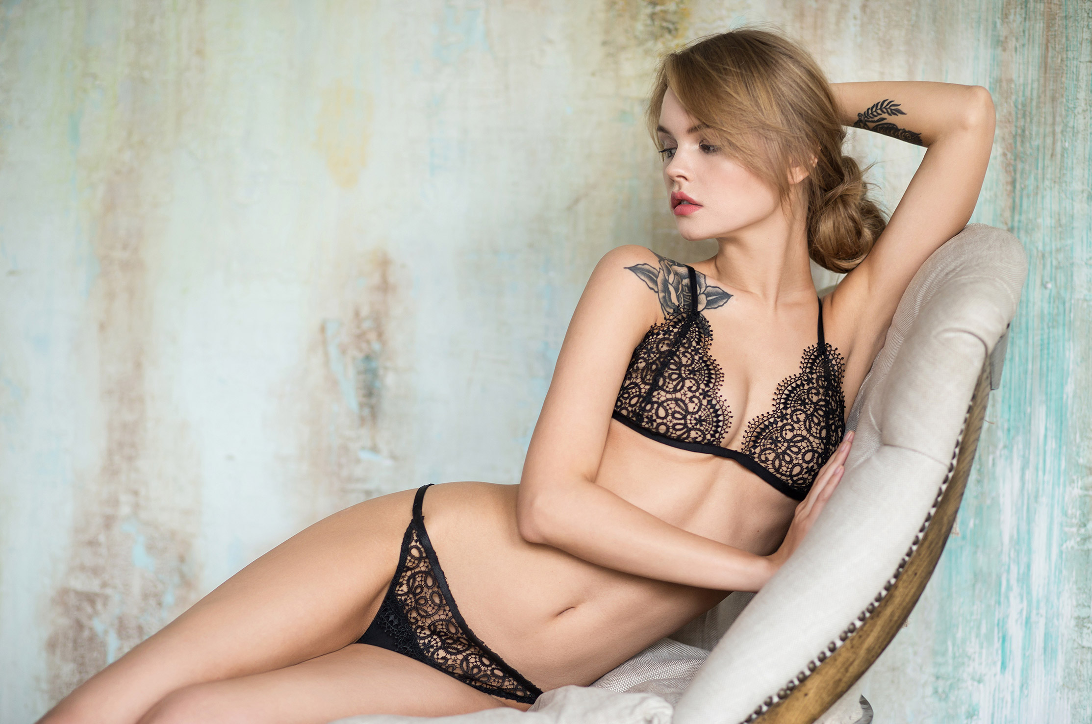 Anastasiya Scheglova / Анастасия Щеглова в нижнем белье La Intuicion lingerie