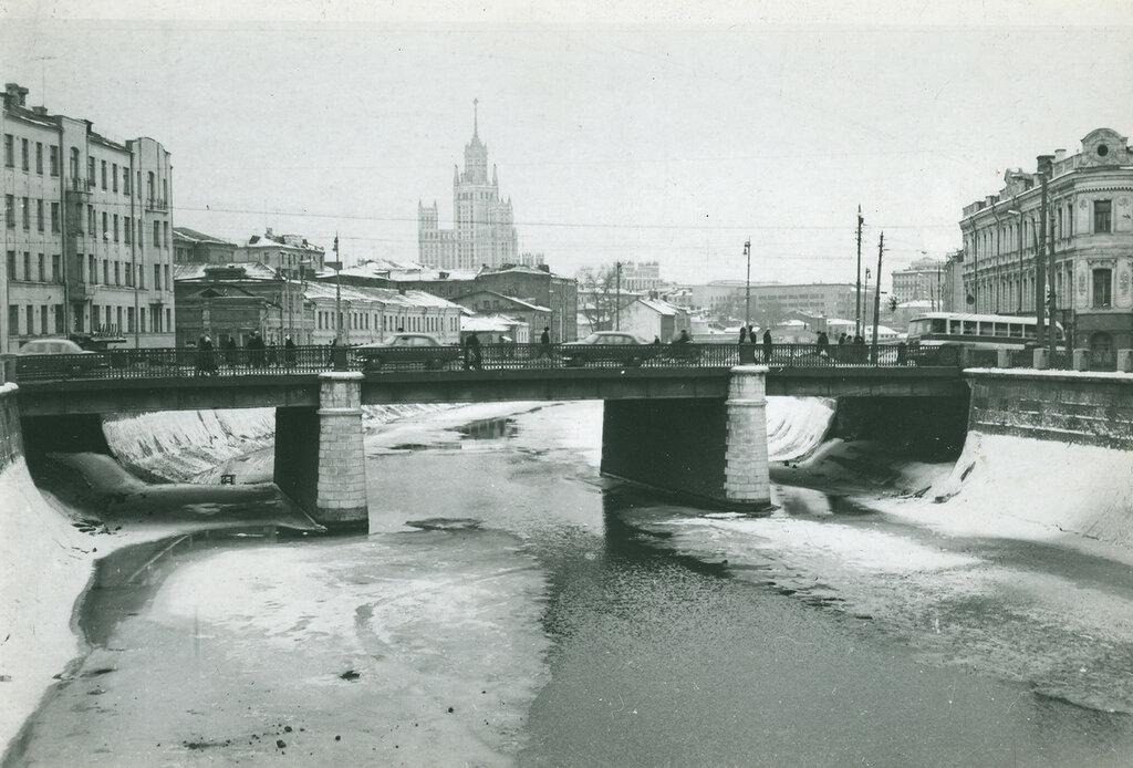 40766 Чугунный мост Тихомирова Галина Алексеевна 65.jpg
