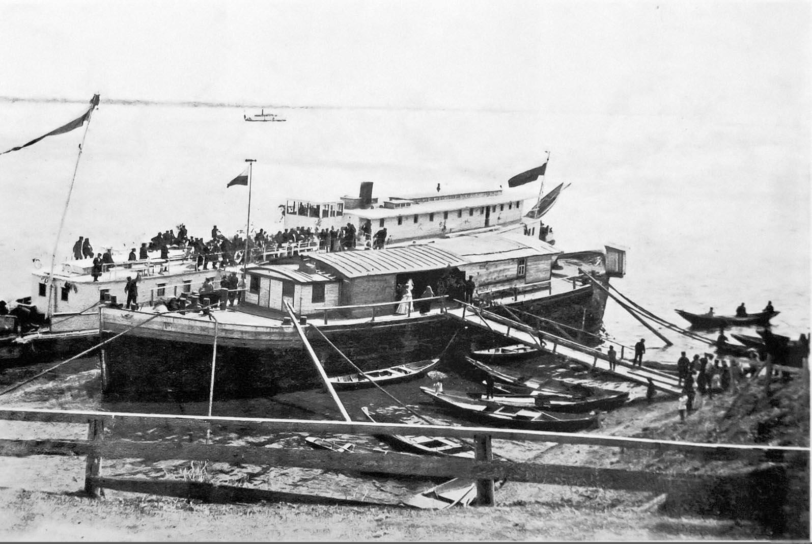 Пристань на реке Кама