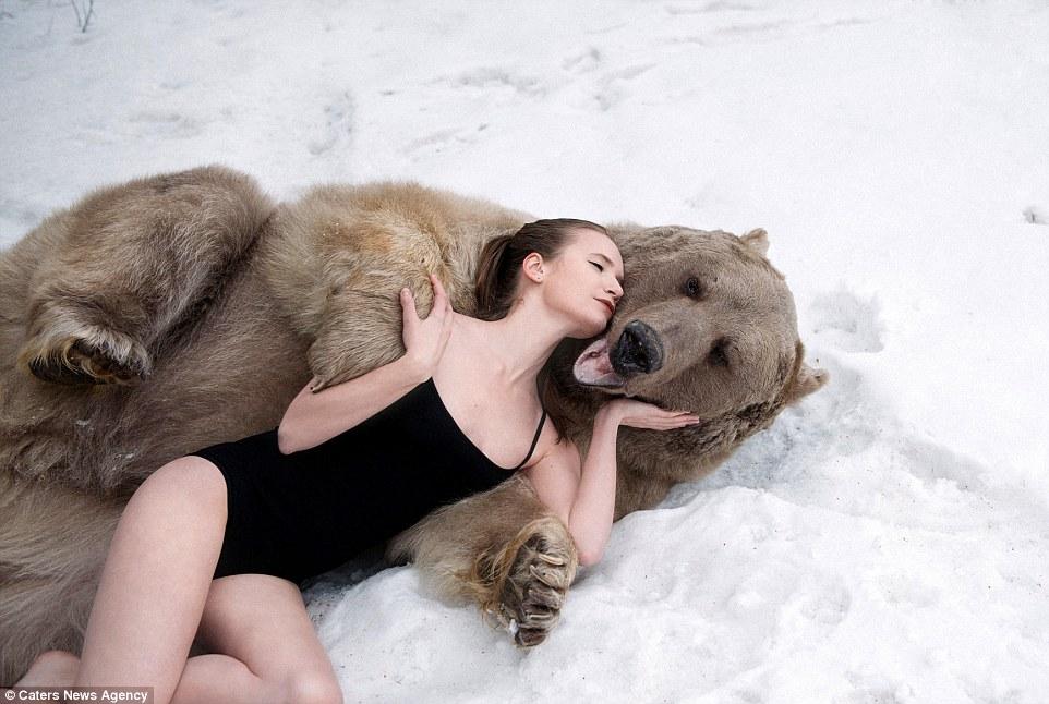 Только русская модель могла так раздеться...