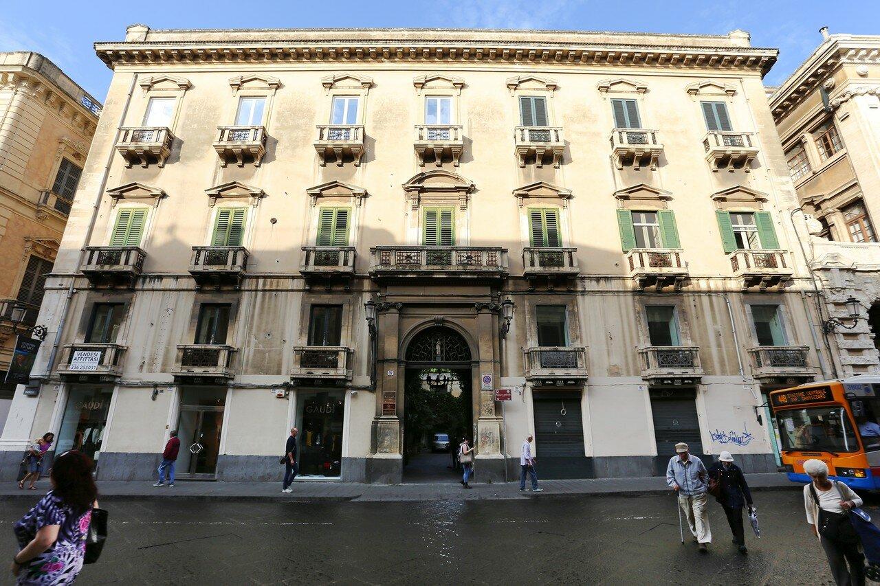 Катания. Дворец Кантарелла (Palazzo Cantarella)